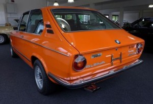 BMW 2002_tii_Touring_Alpina_Rear_resize